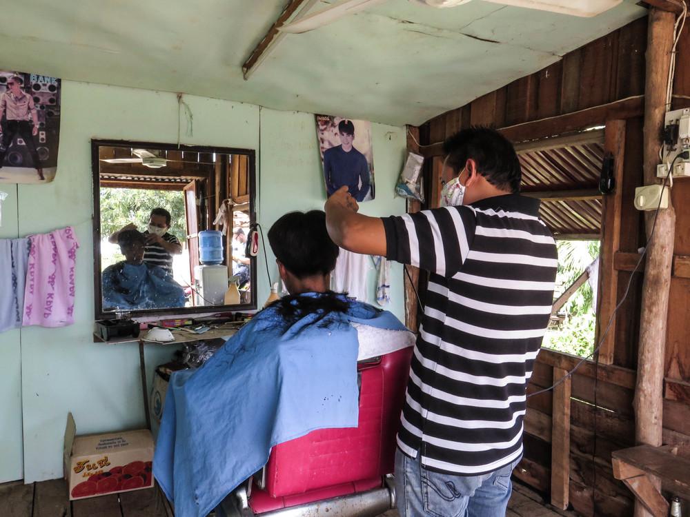 Roadside Barbershop, Champasak