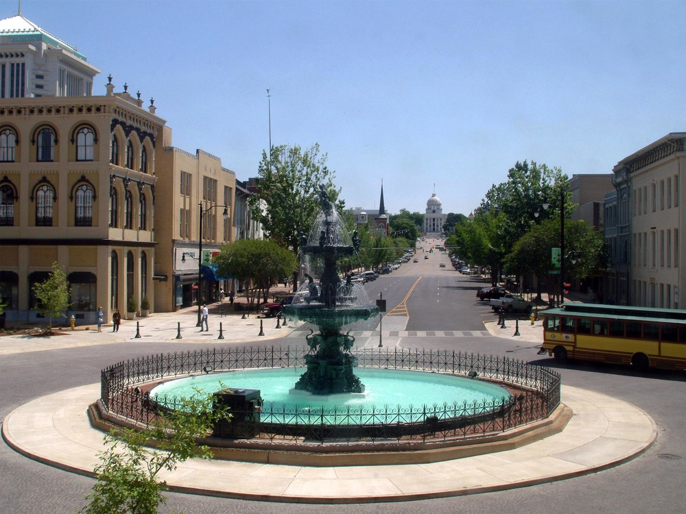 Montgomery Court Square.jpg