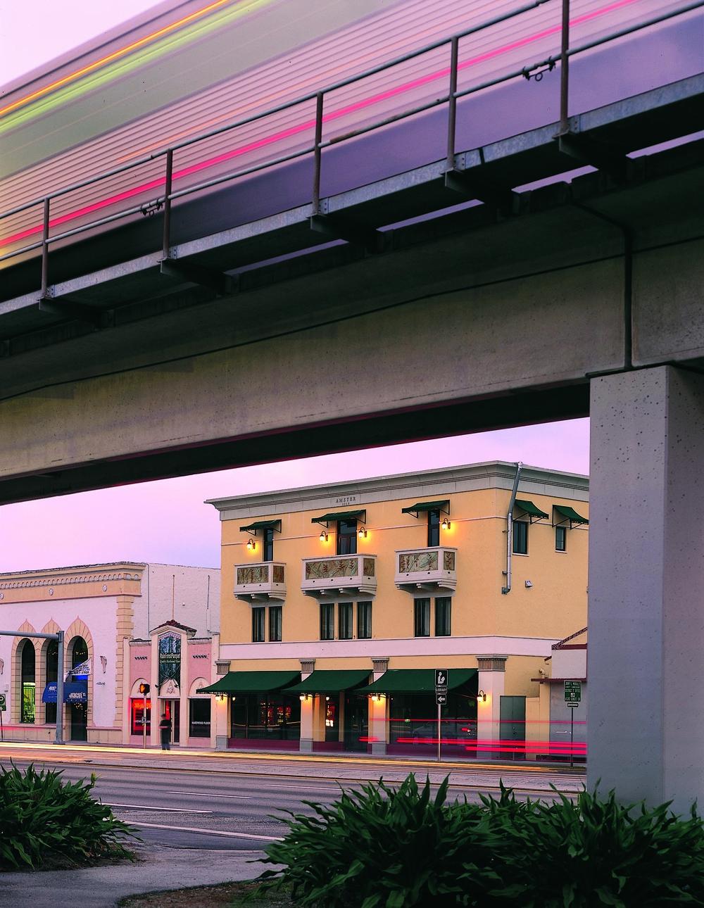 Amster Metro Large.jpg