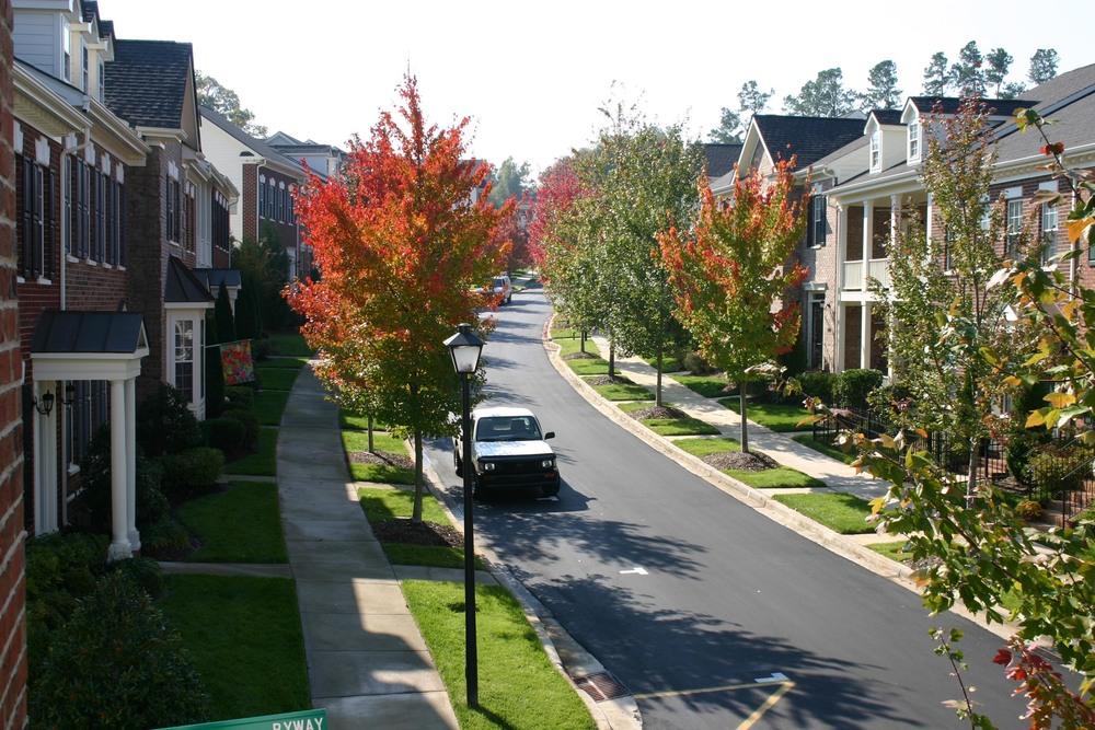 Twain Avenue.jpg