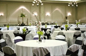 8-tops-in-ballroom.jpg