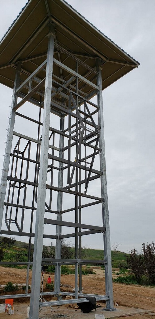 The impressive steel frame of the Climbing Tower.