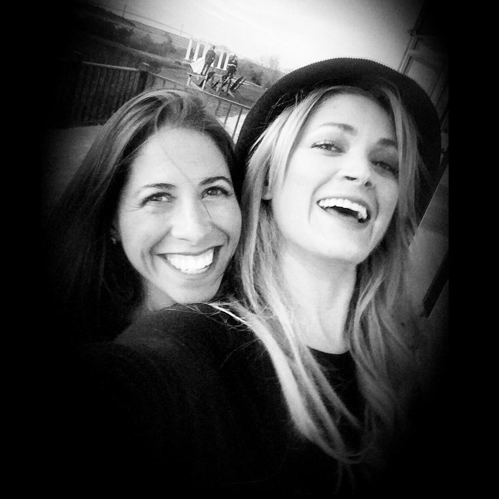 """The truth is, everyone is going to hurt you. You just got to find the ones worth suffering for."" #shewortheverything #missyou #bff #blackandwhite #newport #weddingcrashers @gcicma  (at Safari Room Restaurant)"