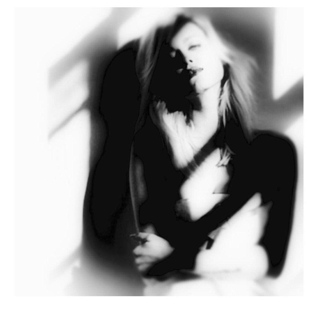 #light #paintedlight.us #blackandwhite #lightplay