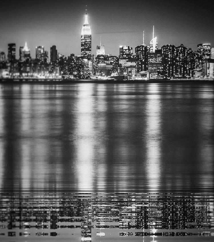 Reflective #paintedbylight #blackandwhite #nyc