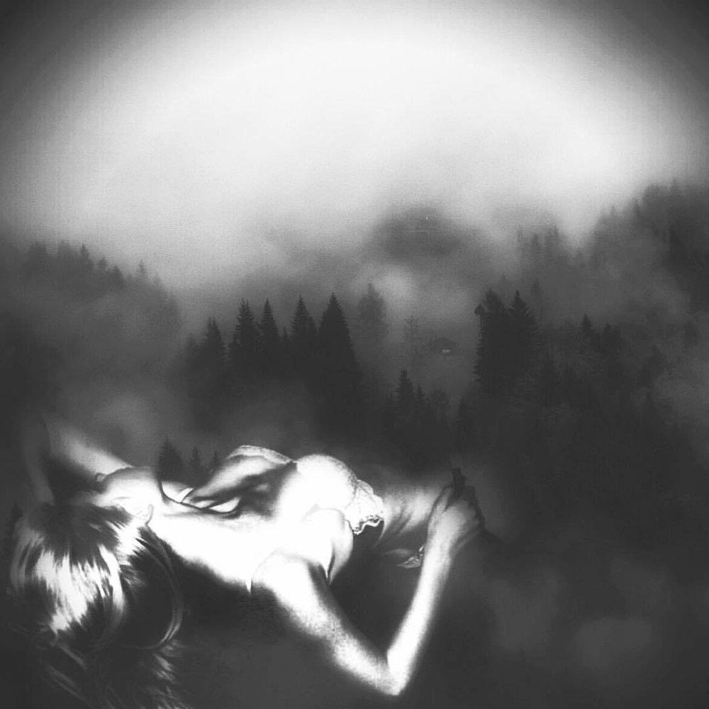 I'll sleep when I'm dead ❤️😁 #noirvue #blackandwhite