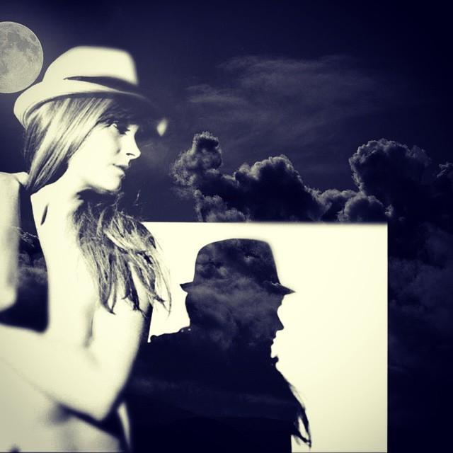 Shadows #blackandblue #actorsstudio @dutchdoscher  http://ift.tt/1rEO3LK