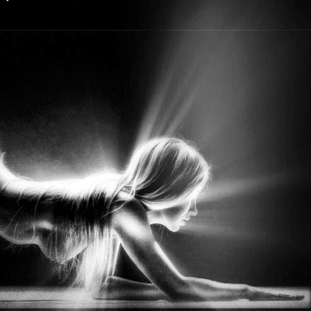 How long till you reach me #paintedbylight #blackandwhite # floorfriday  http://ift.tt/1w89Jal
