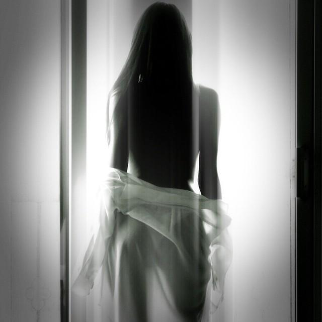 Evening. #blackandwhite #paintedbylight #light #whitebuttondowns  http://ift.tt/1AwGKcK