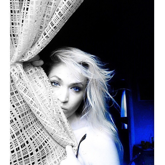 Black and blue. #paintedbylight #blackandwhite #curtainsinthemorning #nyc