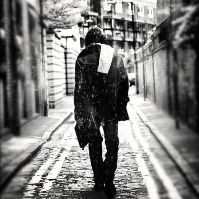 Nowhere man #blackandwhite #nyc #noirvue #paintedbylight #sadonarainyday #monochrome #bnw_switzerland