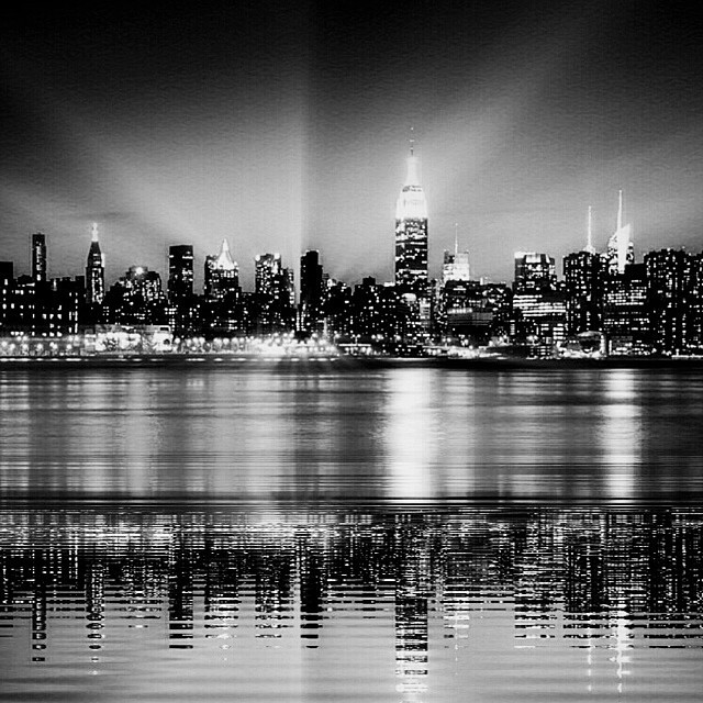Regram from this fall because the #empire always strikes back; #nyc #monochrome #reflection #paintedbylight (at brooklyn bridge park, brooklyn)