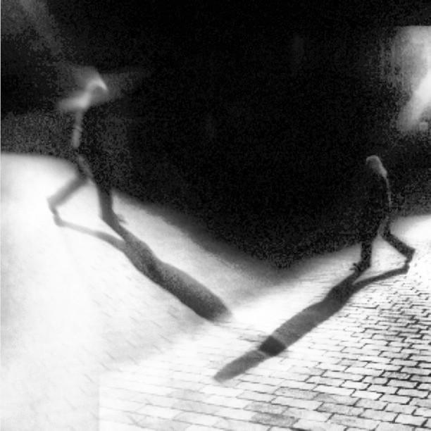 Crossing paths #nyc #monochrome #blackandwhite #noir #paintedbylight