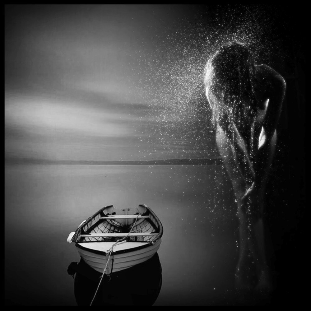girl/boat