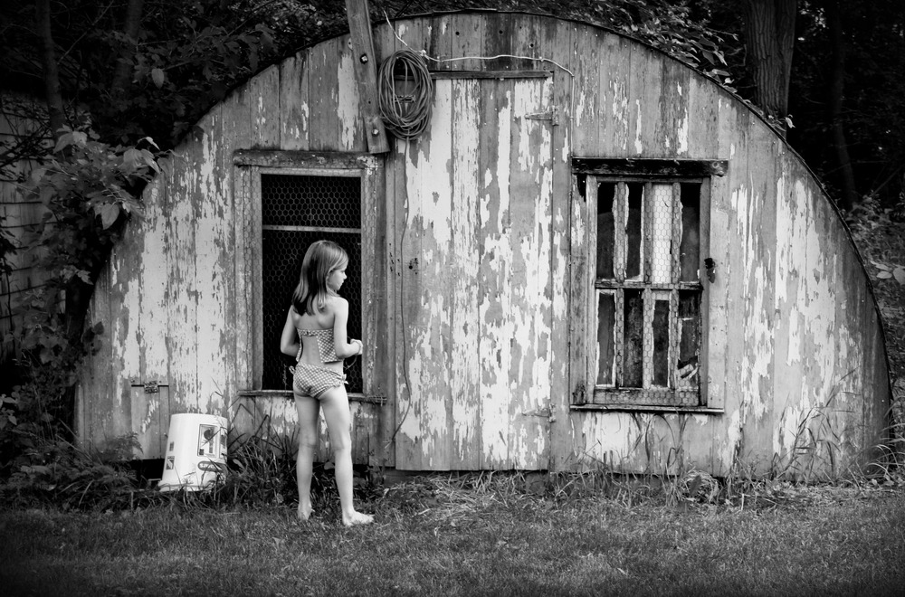 Girl on the farm_bw.jpg