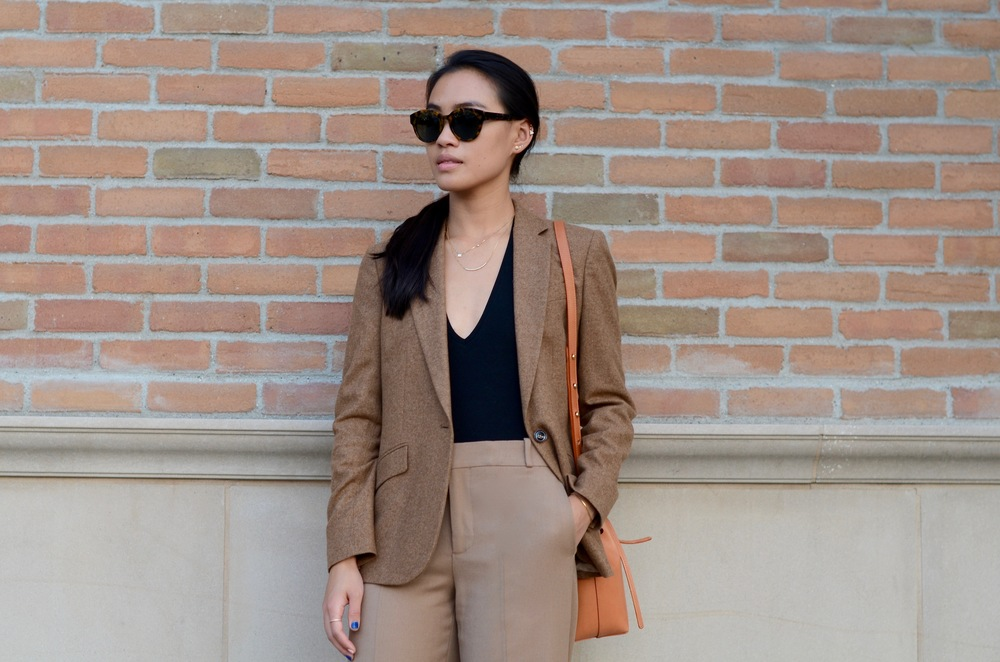 Just Goh With It-Outfit-shopstyle-dressforsuccess-zara-camel-wide-leg-pants-massimo-dutti-blazer-mansur-gavriel-mini-bucket-bag-7.jpg