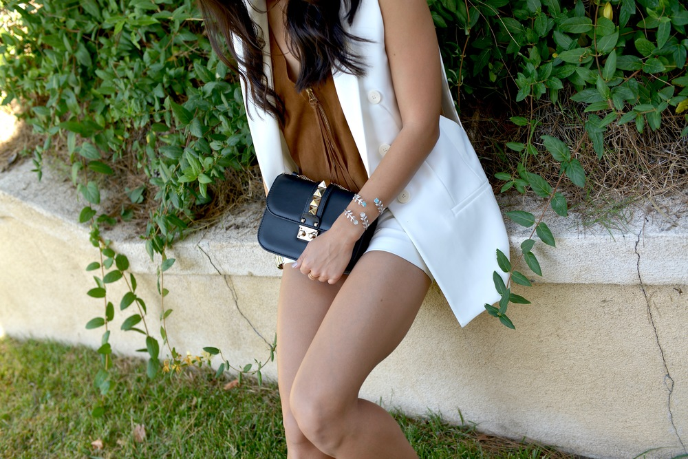 Just Goh With It-Outfit-White-Sleeveless-Blazer-Suede-top-shorts-loafers-valentino-rockstud-4.jpg