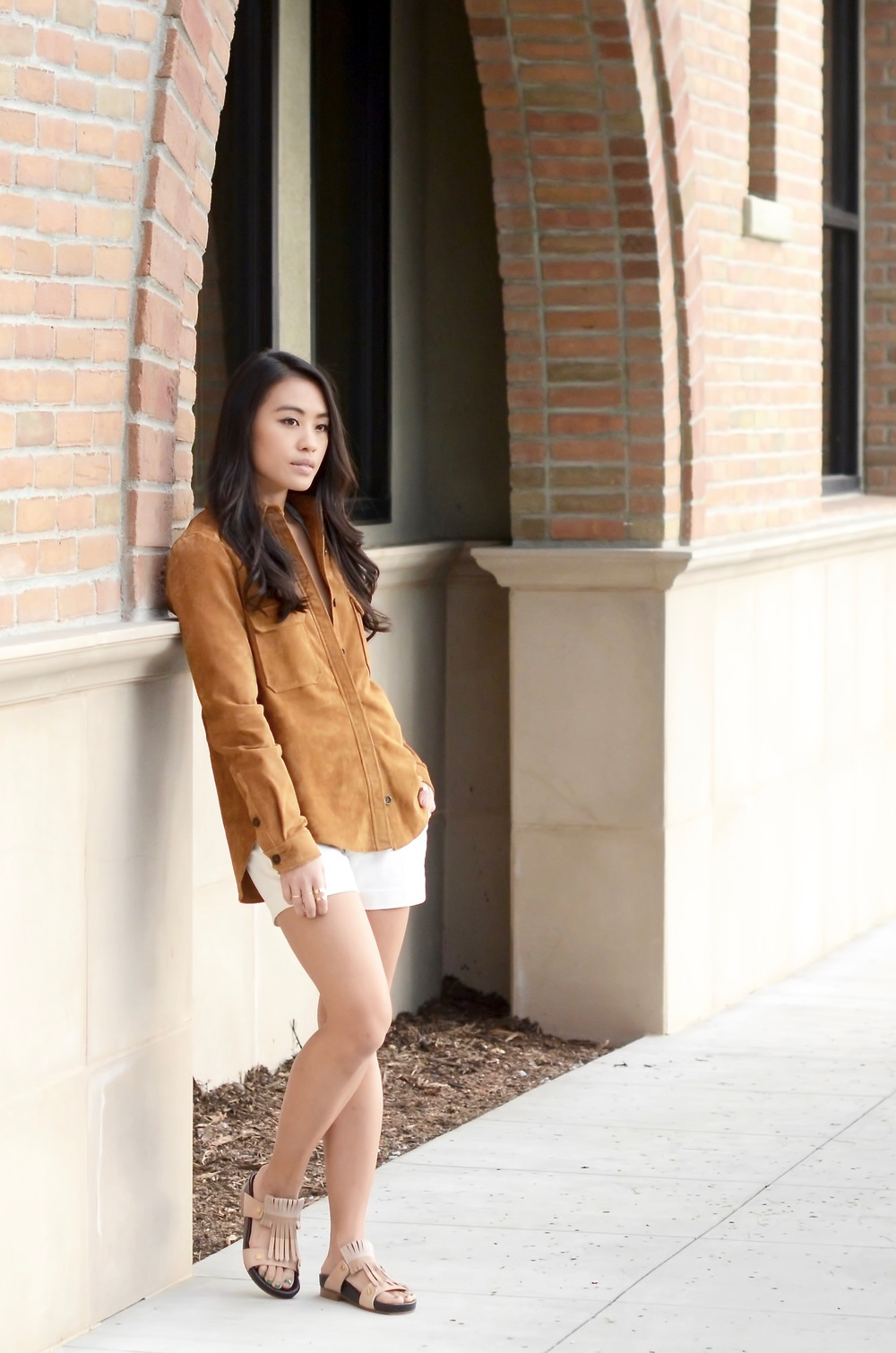Just Goh With It-Outfits-Suede-jacket-chloe-fringe-sandals-2.jpg