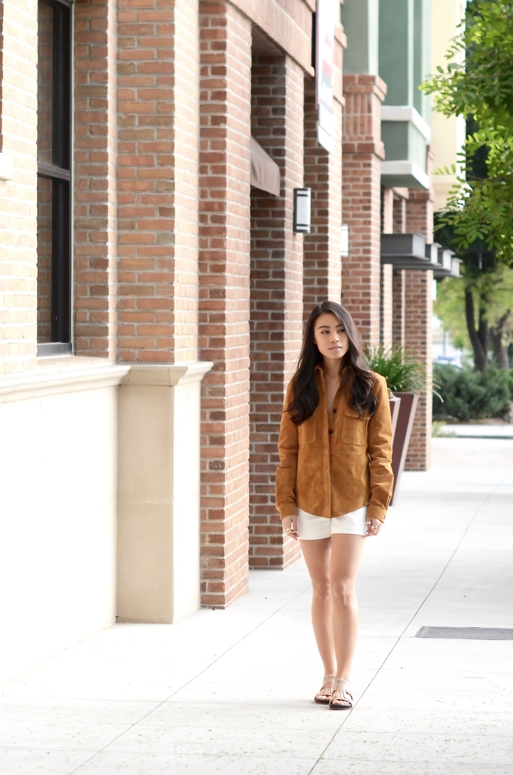 Just Goh With It-Outfits-Suede-jacket-chloe-fringe-sandals-4.jpg