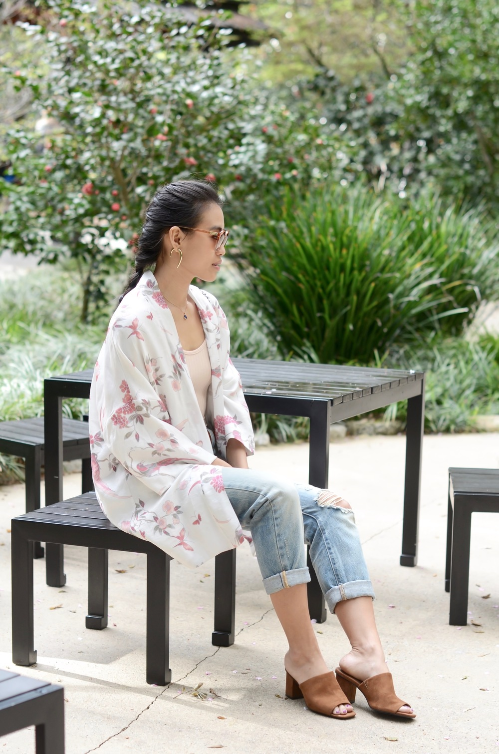 Just Goh With It-Outfit-Descanso-Gardens-Levis-Jeans-Bodysuit-Mules-Kimono-Cardigan-6.jpg