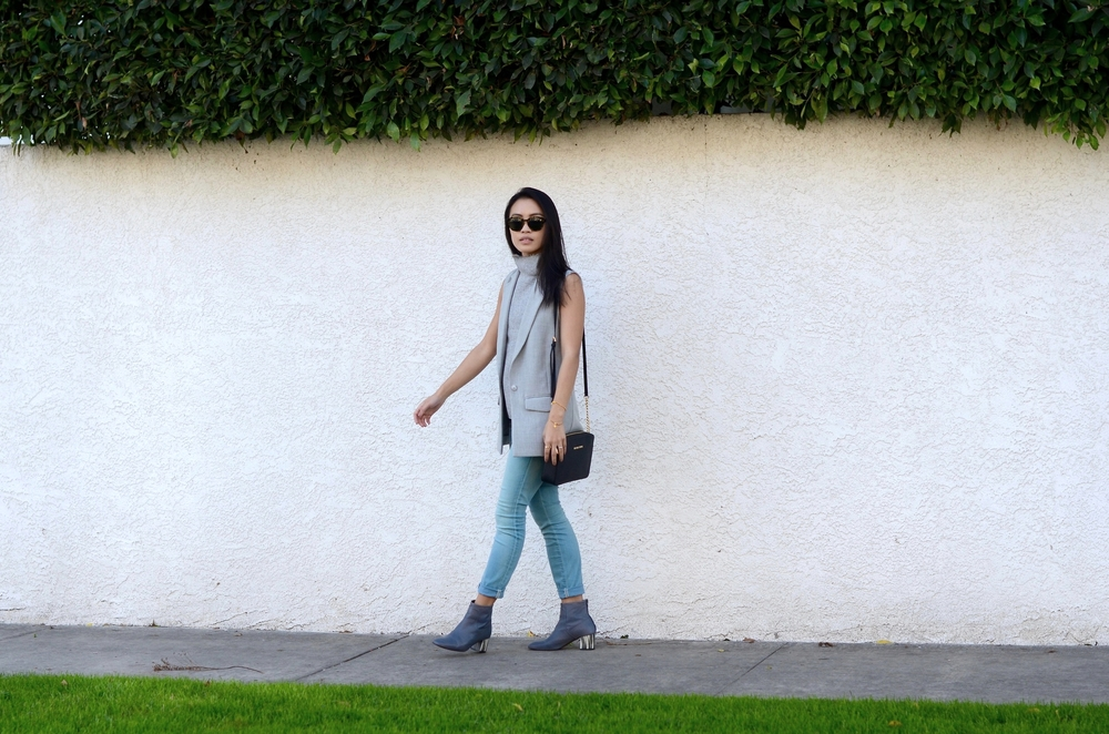 Just Goh With It-los-angeles-fashion-style-blogger-Outfit-sleeveless-blazer-mock-neck-top-4.jpg