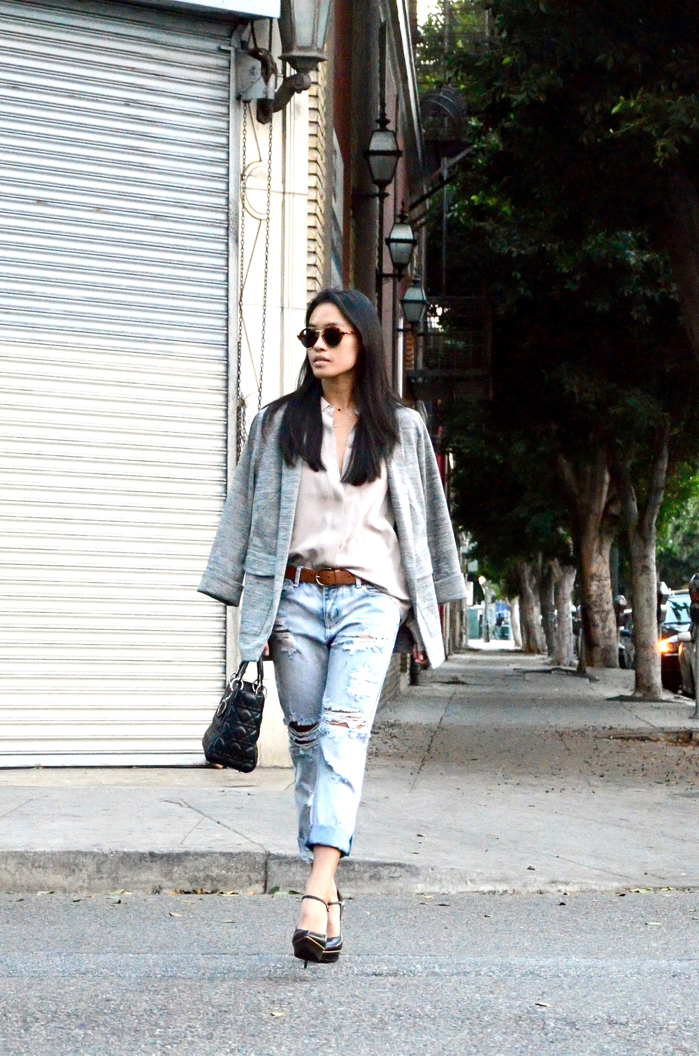 Just Goh With It-Outfit-Everlane-shirt-one-teaspoon-distressed-jeans-topshop-blazer-illesteva-saint-laurent-maryjane-lady-dior-7.jpg