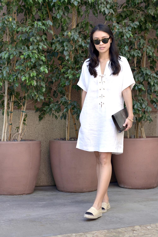 Just Goh With It-Outfits-Reformation-lace-up-dress-chanel-espadrilles-saint-laurent-clutch-4.jpg