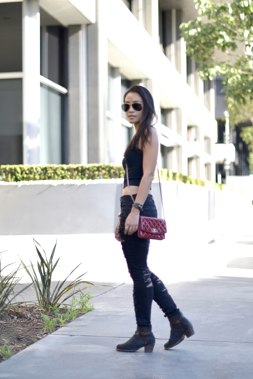 Just Goh With It-Outfit-Blanknyc-ripped-black-jeans-rag-and-bone-ankle-boots-2.jpg