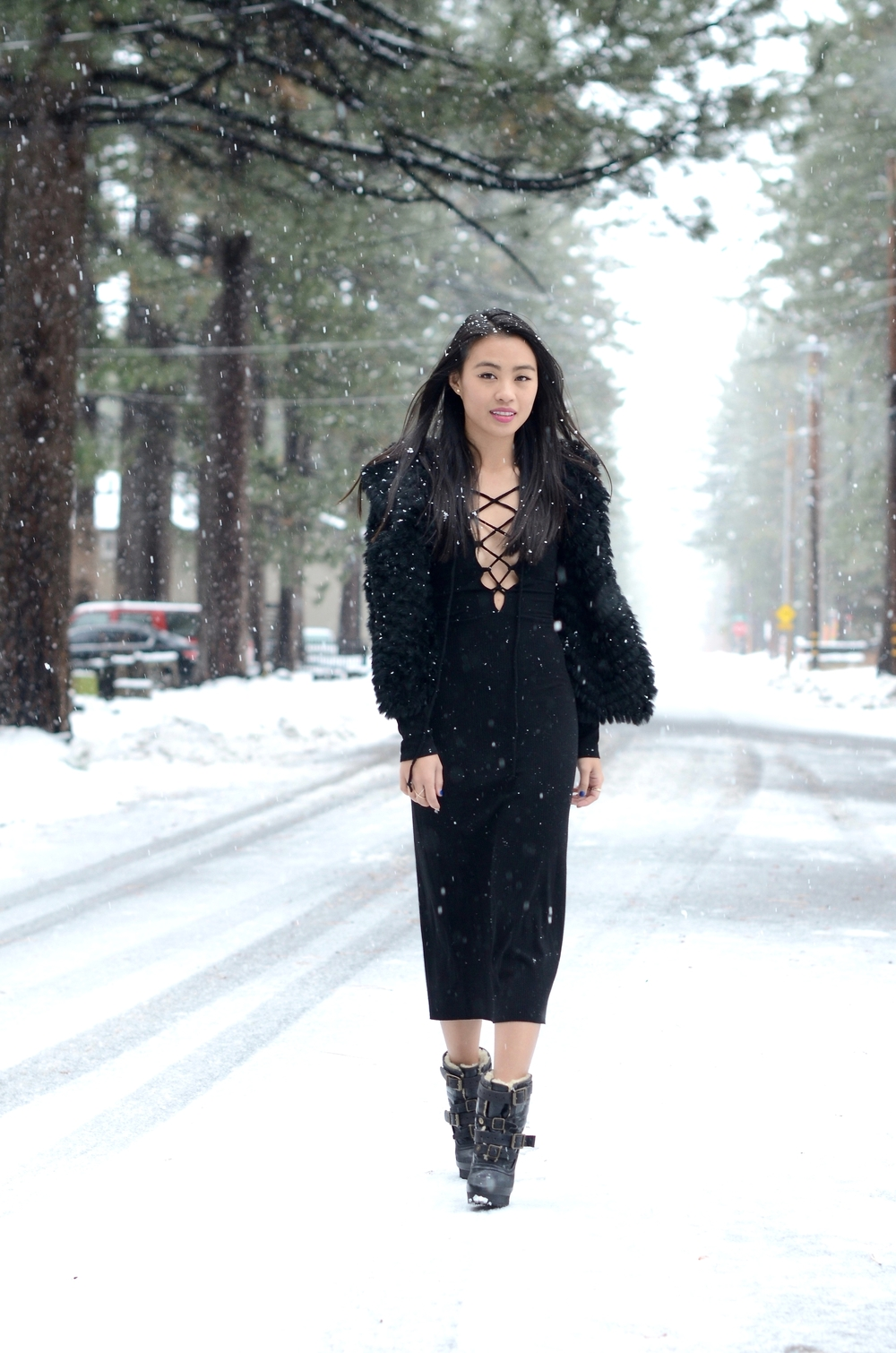Just Goh With It-Travel-California-Lake-Tahoe-Reformation-Lace-Up-Dress-Burberry-Shearling-Boots-Marc-Jacobs-Fur-Jacket-2.jpg