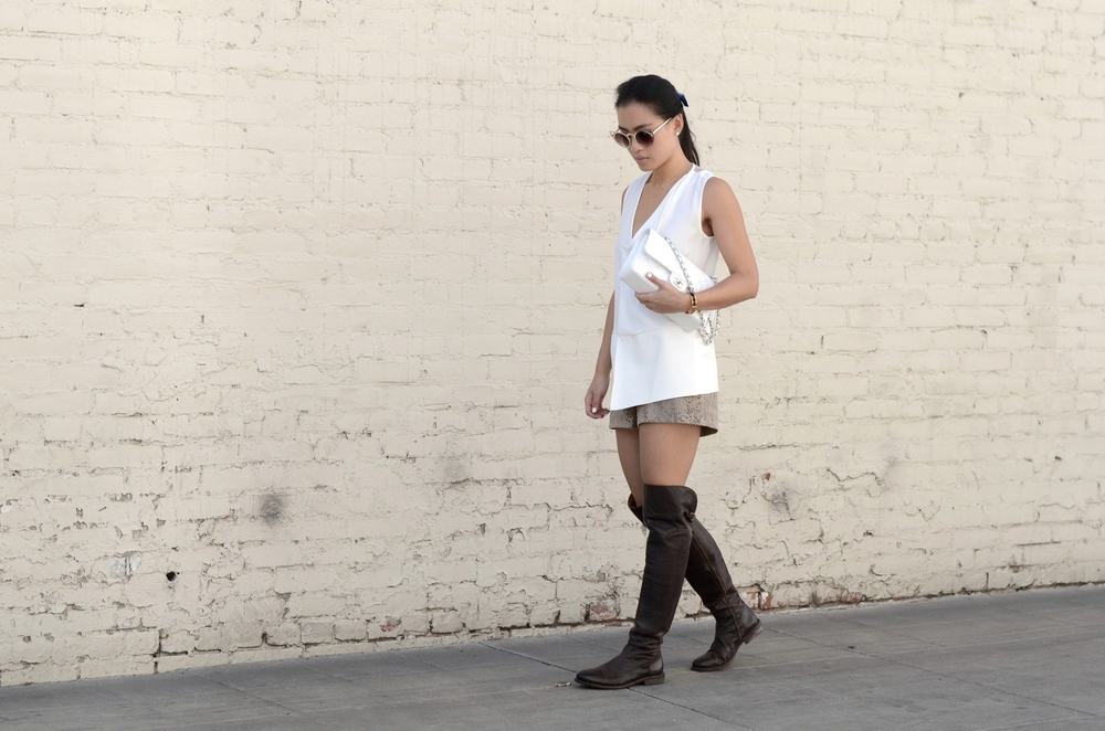 Just Goh With It-Outfit-over-the-knee-flat-boots-zara-all-saints-cat-eye-classic-chanel-1.jpg