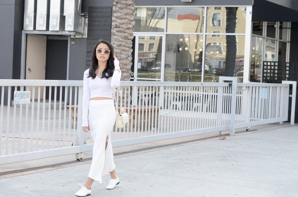 Just Goh With It-Outfits-All-White-Knits-Crop-Topshop-Zara-Oxfords-9.jpg
