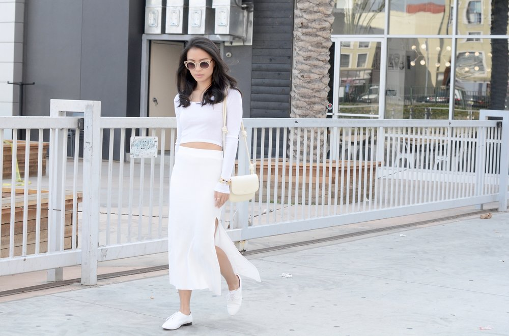 Just Goh With It-Outfits-All-White-Knits-Crop-Topshop-Zara-Oxfords-8.jpg