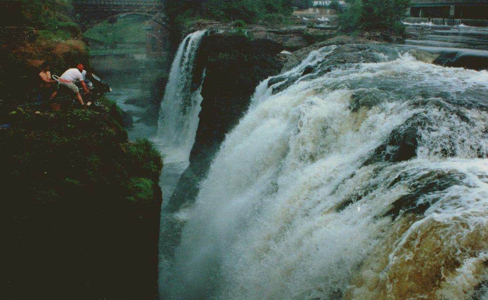 PHOTO_Falls_wide.jpg