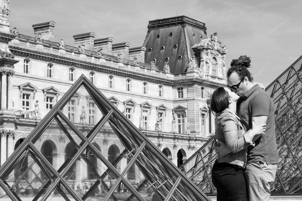 Paris Engagement Photographer-2.jpg