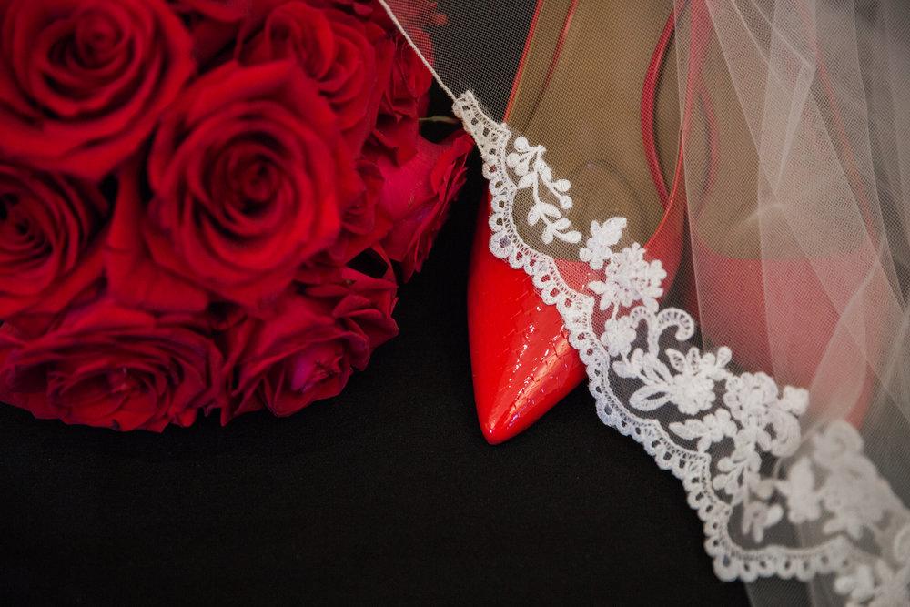 Baltimore Wedding Photographers in Hotel Monaco-9.jpg