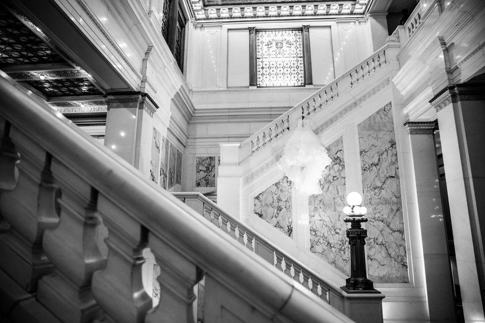 Baltimore Wedding Photographers in Hotel Monaco-21.jpg