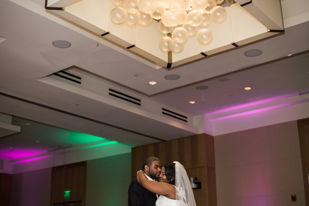 Wedding at The Hotel at Arundel Perserve Hanover Maryland Photographer-44.jpg