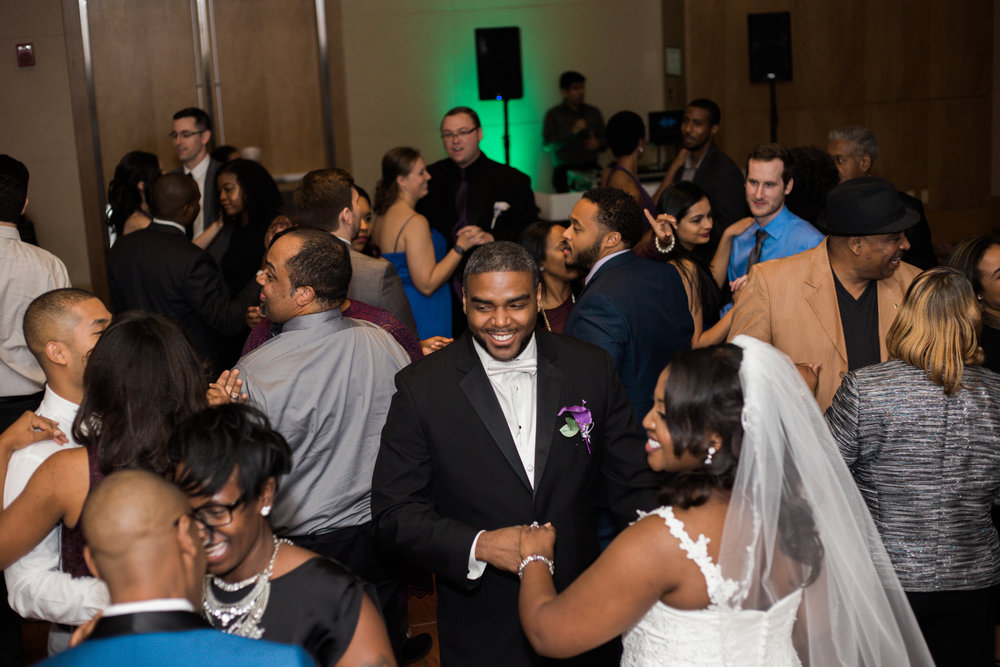 Wedding at The Hotel at Arundel Perserve Hanover Maryland Photographer-45.jpg