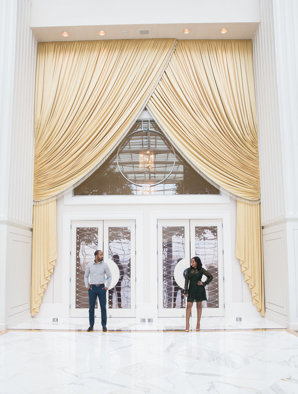 Best places in DC for Engagement Sessions.jpg
