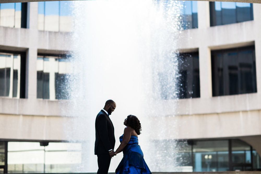 Washington DC Wedding Photographers Hishhorn Engagement-4.jpg