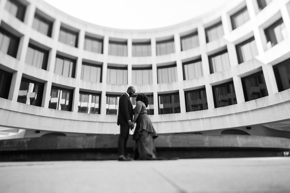 Washington DC Wedding Photographers Hishhorn Engagement-8.jpg
