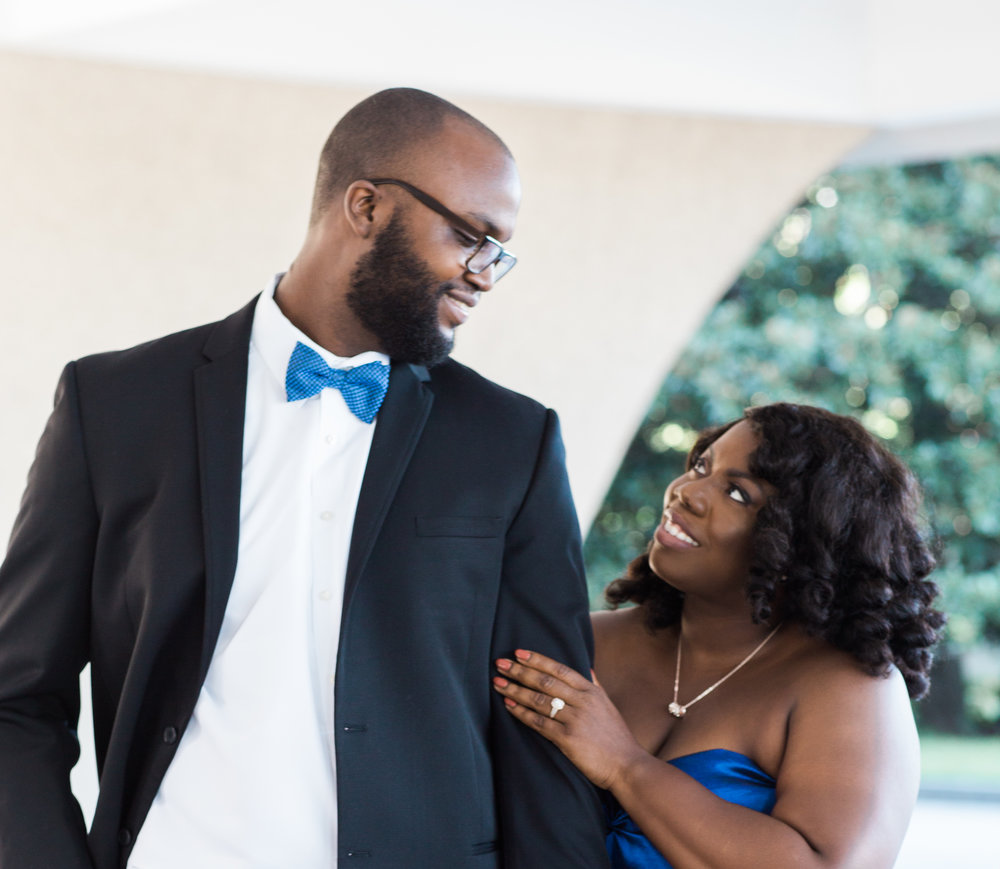 Washington DC Wedding Photographers Hishhorn Engagement-14.jpg