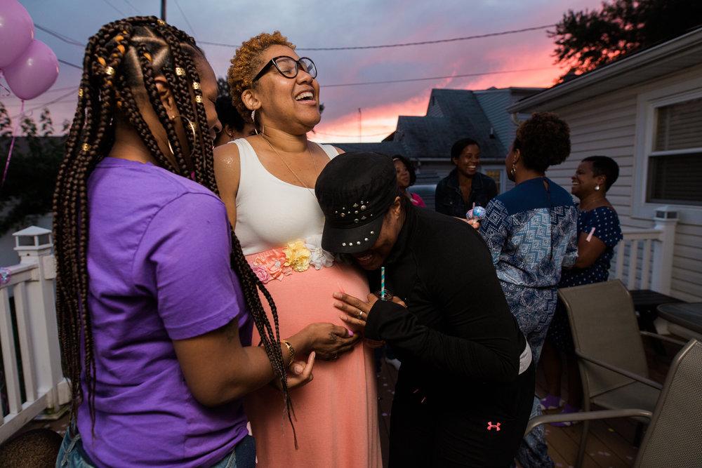 Maryland Maternity Photographer Gender Reveal-20.jpg