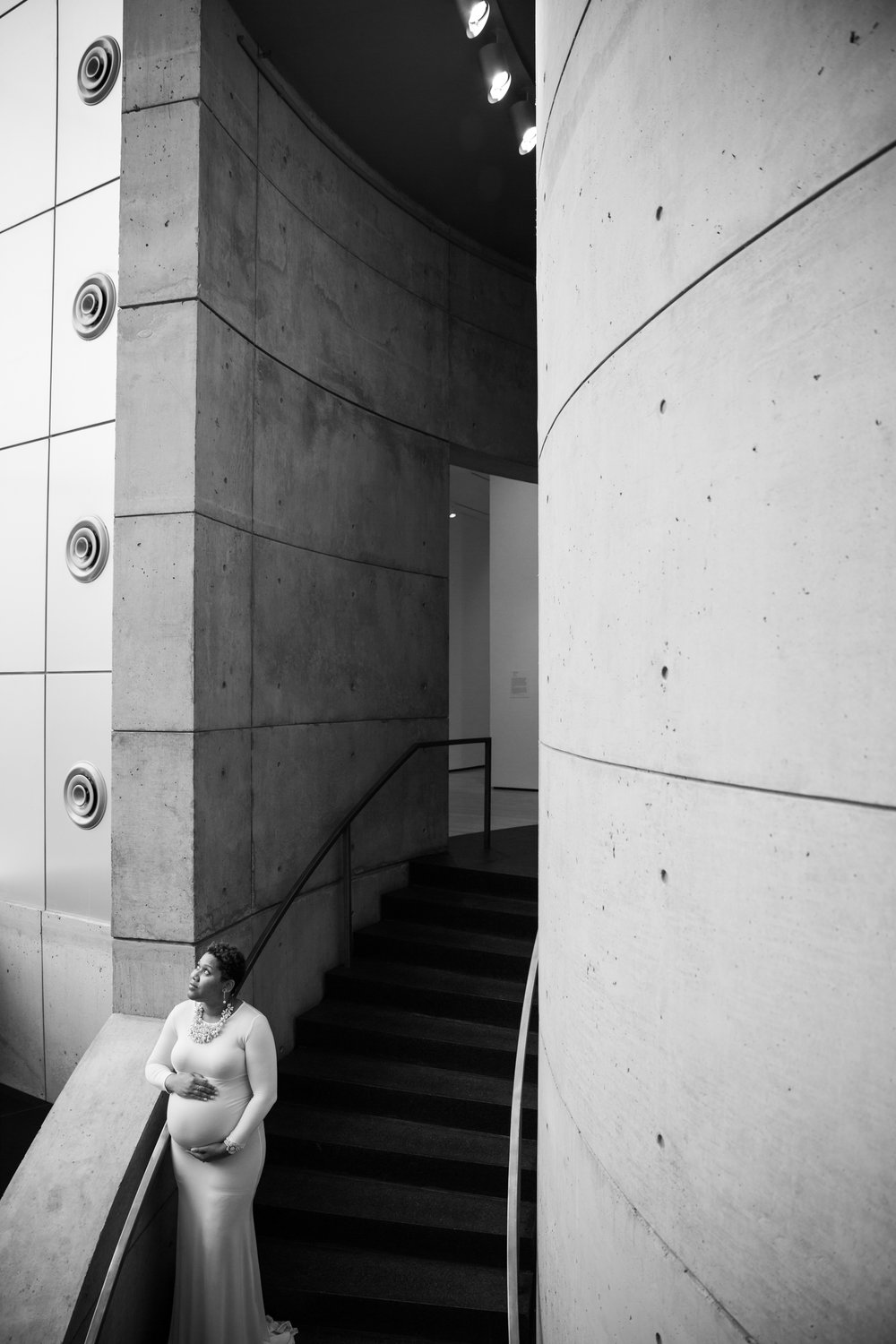 Baltimore Maternity Photographer at the Baltimore Museum of Art-11.jpg