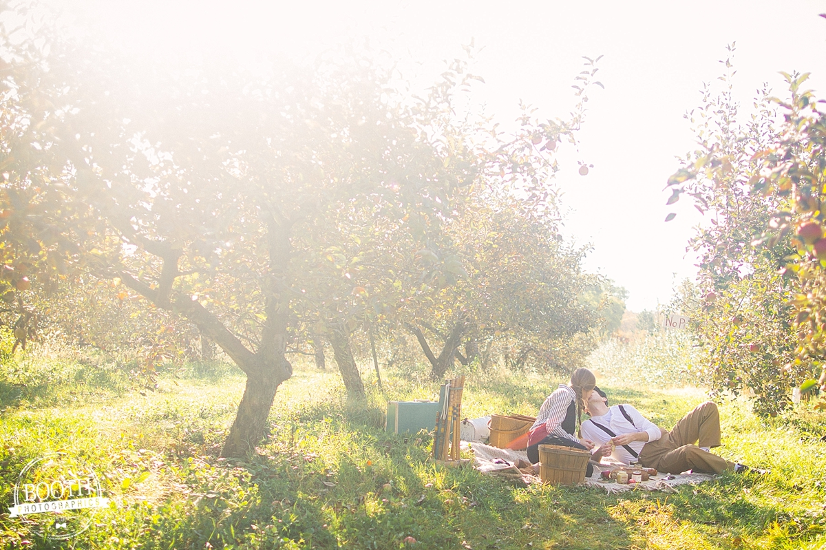 couple having a picnic at Door Creek Orchard in Madison, WI