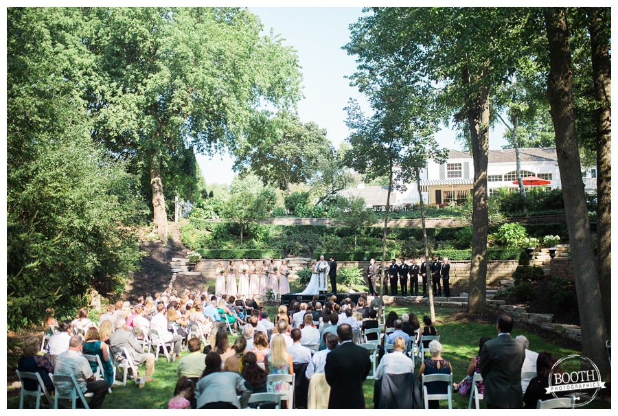 outdoor wedding ceremony at a Milwaukee private estate