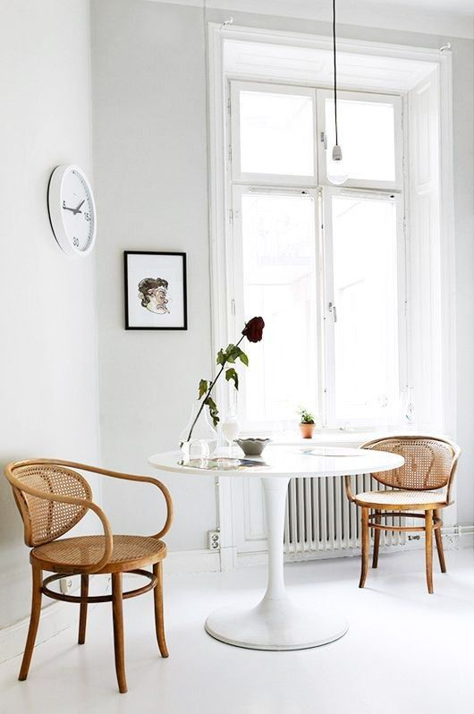 bentwood thonet chairs and Saarinen Tulip Table