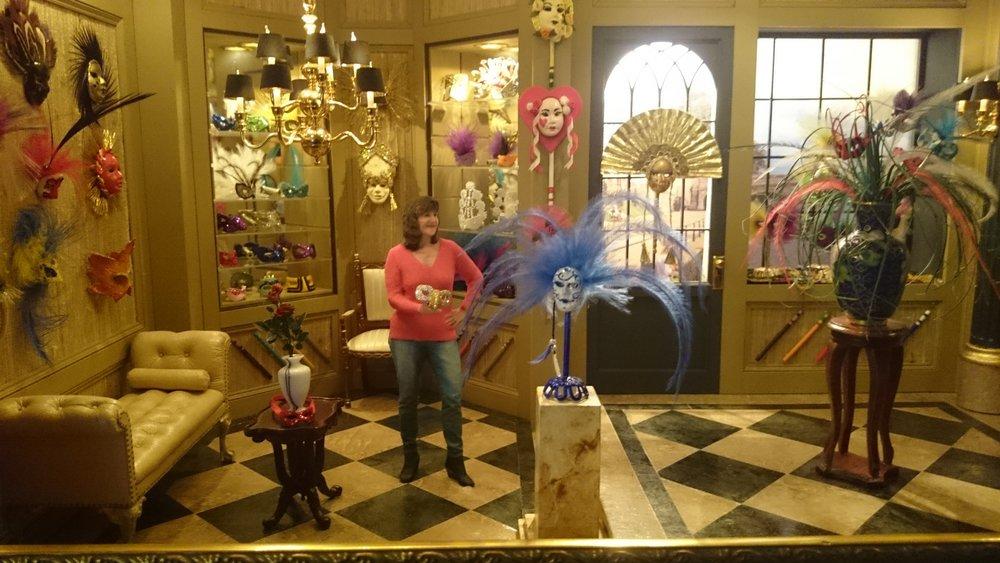 Venetian mask shop.jpg