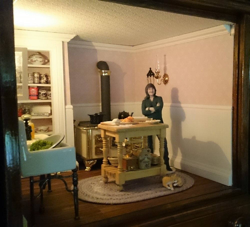1900's Kitchen: The circa 1900's kitchen was Kylie's first attempt at a miniature room box. She had lots of fun learning what to do.