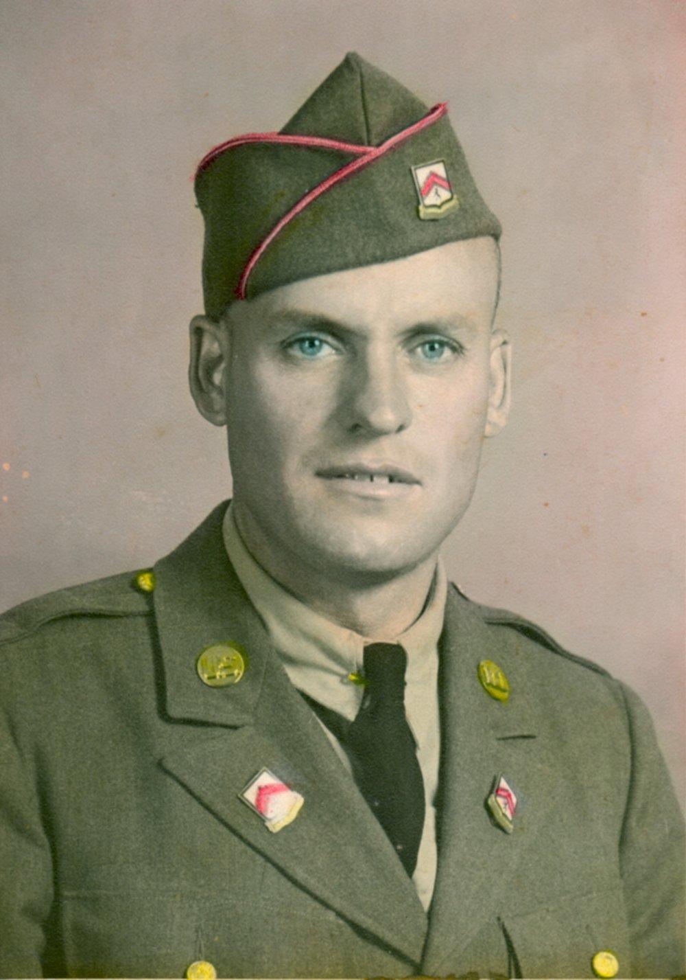 T Sgt Lester Edward Goodermote.jpeg